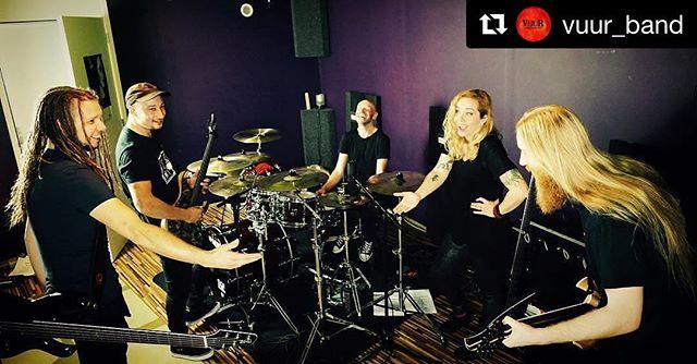www.vuur.band/shop #rehearsal #goofing